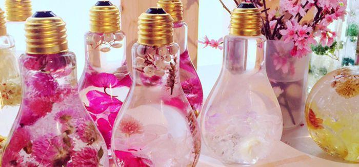 绽放少女心 日本花卉艺术家打造超梦幻灯泡花家饰
