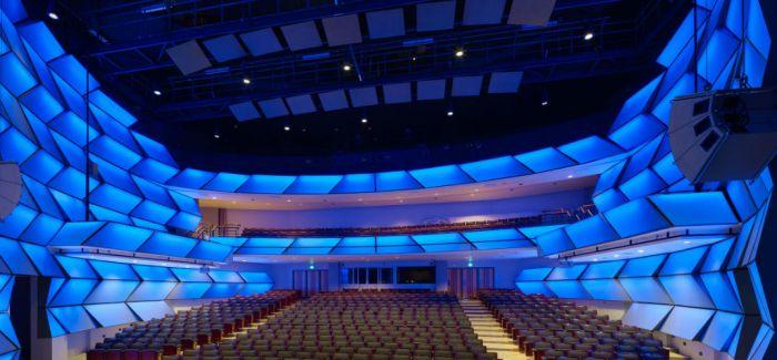 多伦多艺术中心一分为二 表演一如既往的精彩