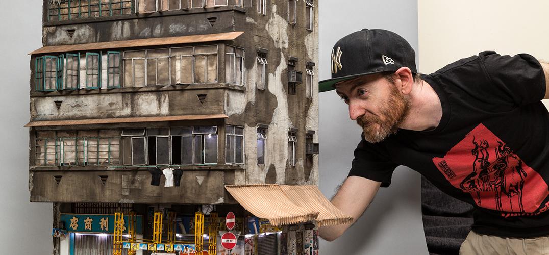 艺术家打造微缩模型:将香港4层楼压缩成1米