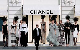 """我们问了七个题 知道了Coco Chanel被""""宠爱""""的秘密"""