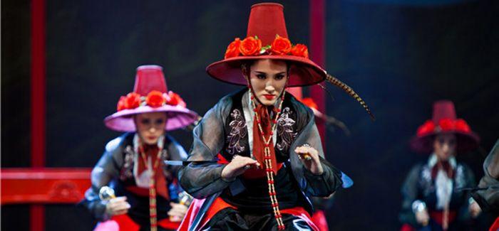这些江南美女 爵士舞踢踏舞街舞统统都会