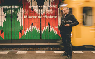 摄影师在地铁站 捕捉柏林的灵魂
