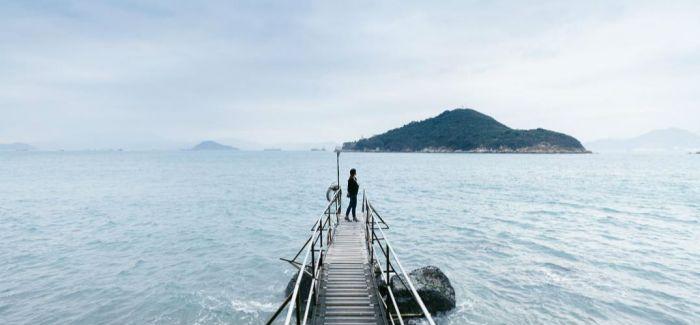 香港60年代至今的唯美海洋绝景 西环钟声泳棚