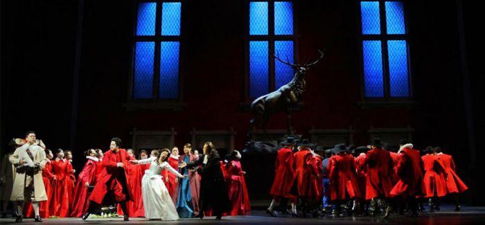 国家大剧院在天桥揭幕歌剧节