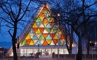 普利兹克奖得主坂茂:我无心为精英阶层设计建筑