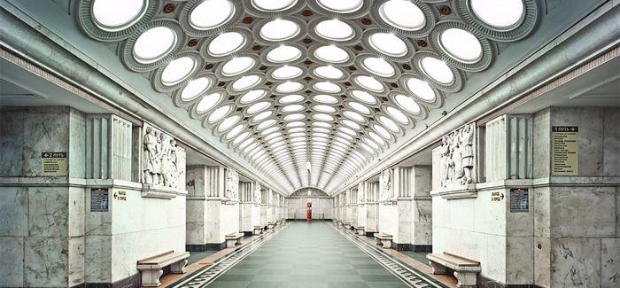 David Burdeny 莫斯科地铁站的建筑摄影