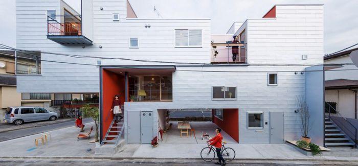 日本埼玉县街角一座工业设计风格的集合住宅