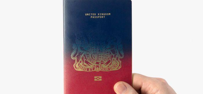 吶 这是腐国人民的新护照