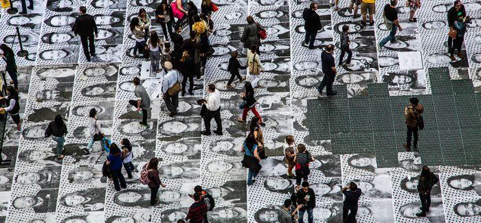 从内到外 全球参与的公共肖像摄影