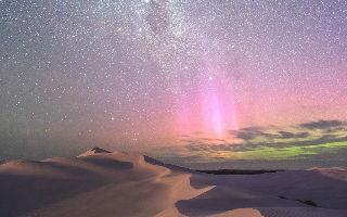 透过澳洲形状洞穴捕获南极光