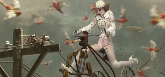 时尚摄影中的惶恐——Eugenio Recuenco