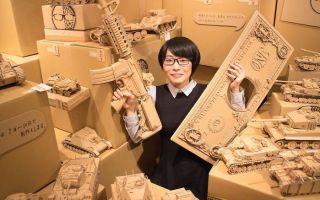 日本艺术家用纸箱造3D坦克模型