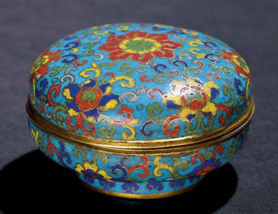 明铜胎掐丝珐琅香盒