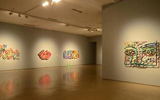 以色列艺术家来京展彩色雕塑