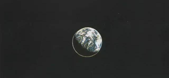 一组把地球缩小一万倍的漫画