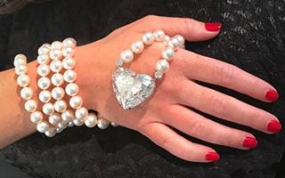 世界最大心形钻石将拍卖 重92克拉估价达2000万美元