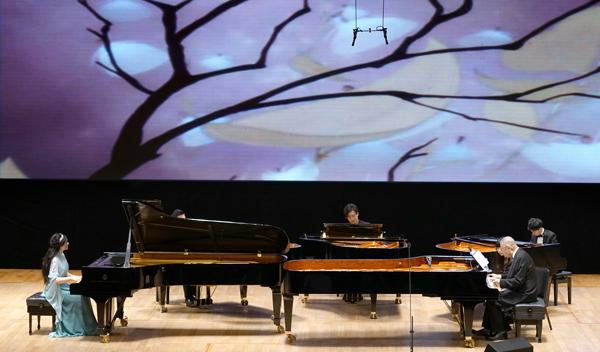 五架钢琴版《花之圆舞曲》 主办方供图