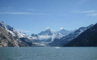 百年冰川 有望解开气候谜题
