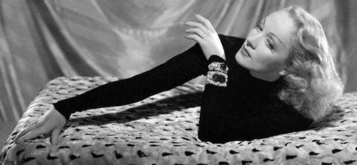 她80年前的抗争 得以让现代女性自由穿衣