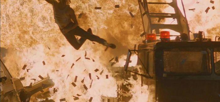 """《空中监狱》里的凯奇谁能想到会成""""烂片王"""""""