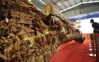 赏析:郑春辉木雕作品《清明上河图》