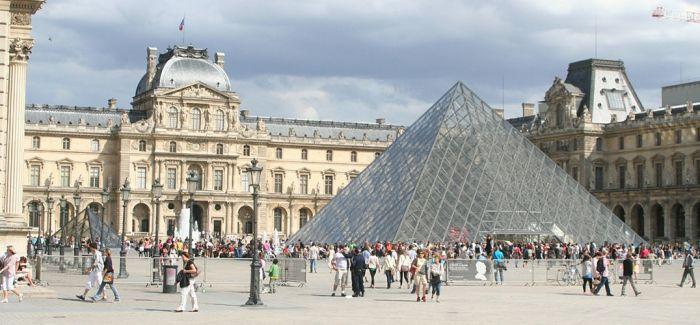 法国卢浮宫严防恐攻 本周再次撤离游客