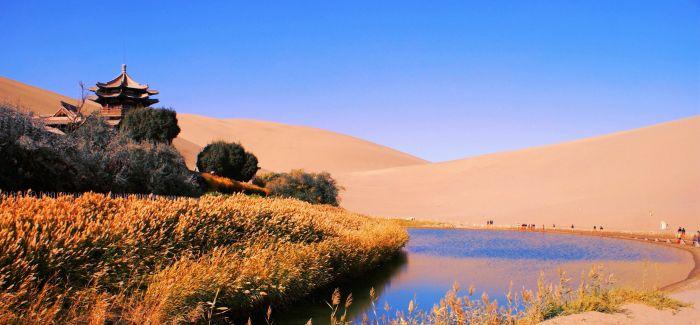 凌越层峰 石飞沙舞 不一样的敦煌 纵横沙漠的快感