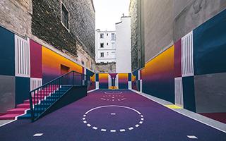 巴黎的彩虹篮球场