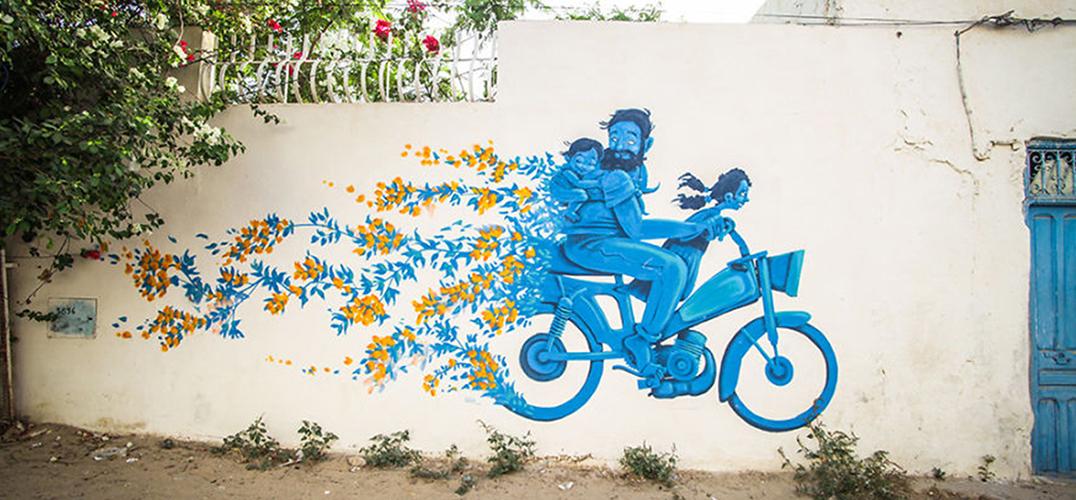 150位艺术家占领了村庄之后 墙壁就变成这样了