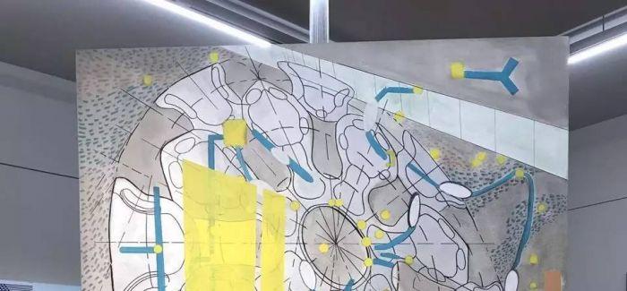 凤凰艺术 | 他的绘画中为什么有激光防伪标识?