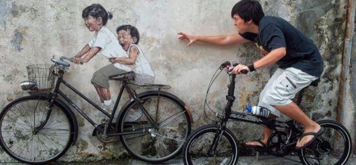 他的街头艺术 让城管都拍手叫好