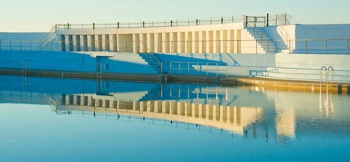 炎炎夏日 快来这些最美的复古泳池参加一次复古趴