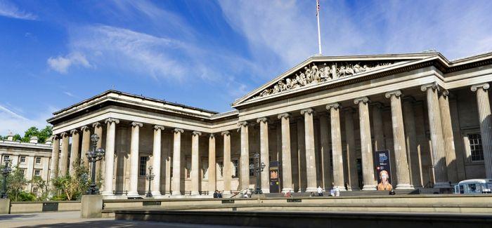 看大英博物馆怎么修唐代敦煌巨幅刺绣