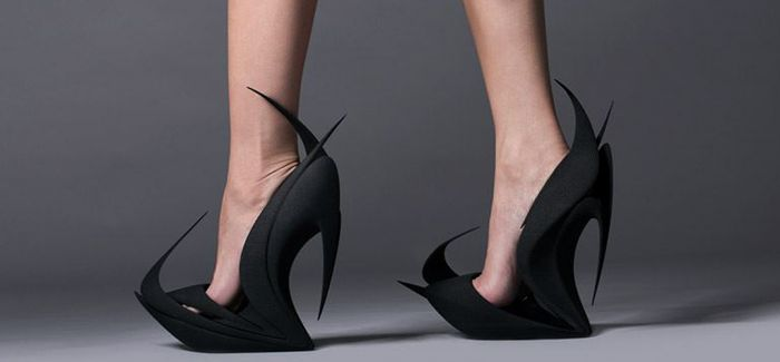 3D撞上突破天际的脑洞!这鞋能走路么?