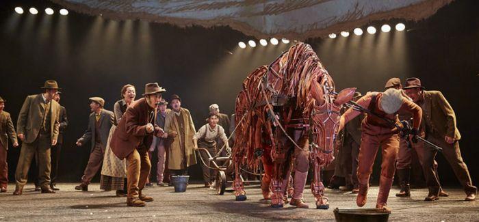 舞台剧《战马》 重返北京