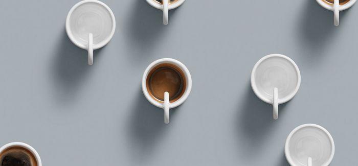简约的咖啡杯