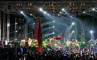 张北草原音乐节 裹挟数十万乐迷的热情燃爆现场