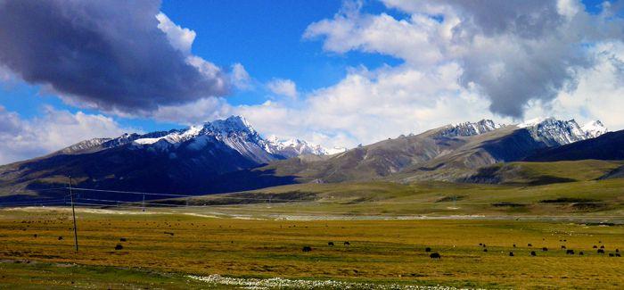 在西藏看地球的鬼斧神工!