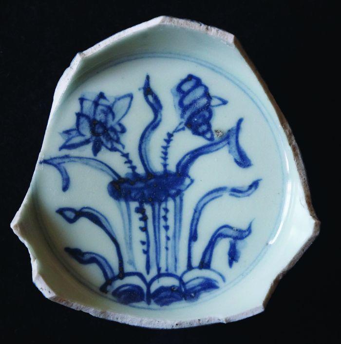 """明中期民窑瓷器""""爱莲""""纹的画法图4"""