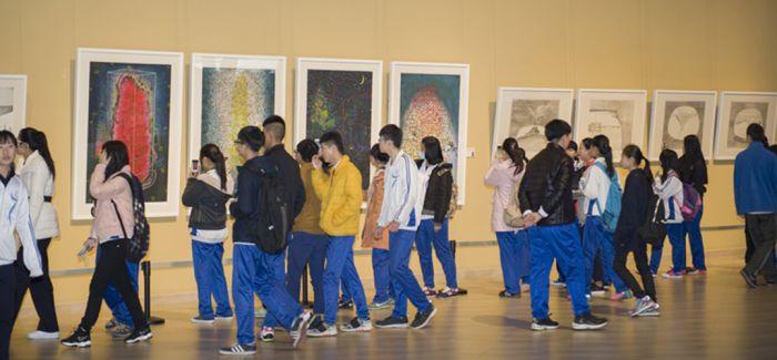 沉浸式体验模式更容易让青少年儿童投入美育教育