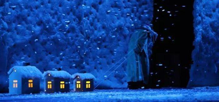 丑角大师的戏剧盛宴《斯拉法之下雪秀》