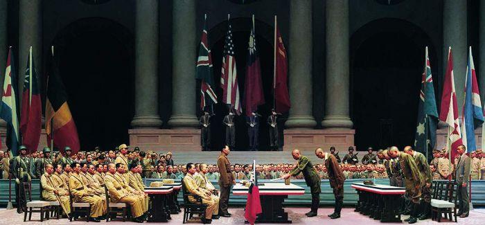 巨幅油画《东京审判》亮相:731为何逃脱了审判?