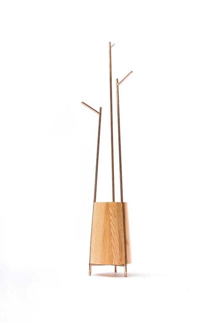 thefemin-fil-cedar-4-coat-hanger-01