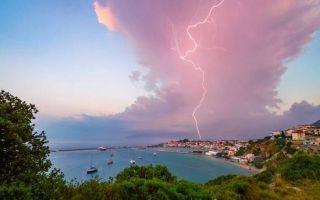 极具震撼!英国年度气象摄影大赛作品展示