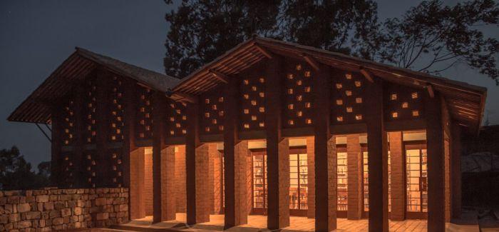 在非洲 他们为聋哑孩子建了一个图书馆