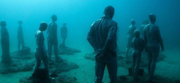 水下公园:雕塑在海中重生