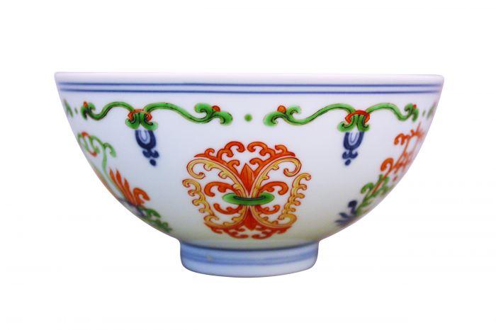 清代雍正款五彩海石榴纹碗3