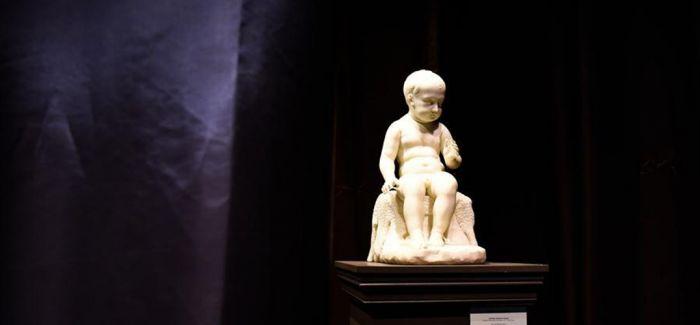 大皇宫博物馆里的法国巴黎双年展