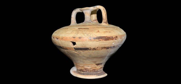 希腊发现迈锡尼时代的古墓 含大量珠宝首饰