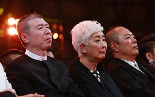 金鸡奖揭晓 冯小刚时隔八年再得最佳导演